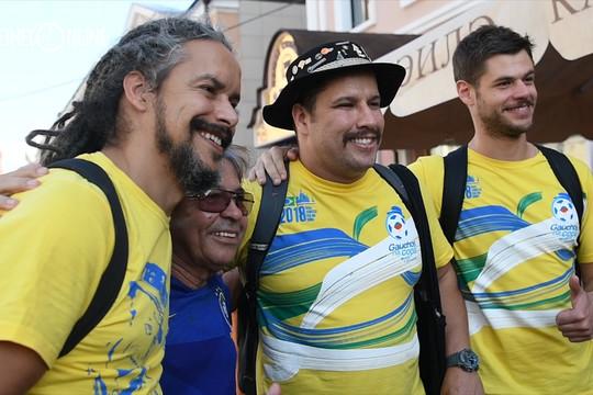 Сыновья легендарного фаната из Бразилии Гаучо де Копа приехали в Казань