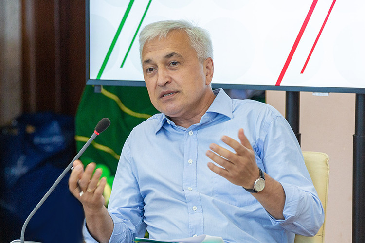 Азат Ягафаров: «Избиратели говорят: наконец-то отАльметьевского округа идет нефтяник»