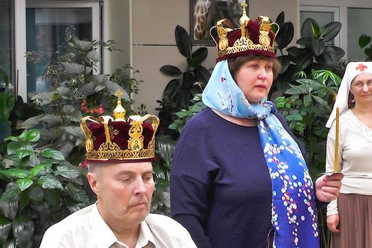 Впервые в Казани в хосписе обвенчали больного раком казанца