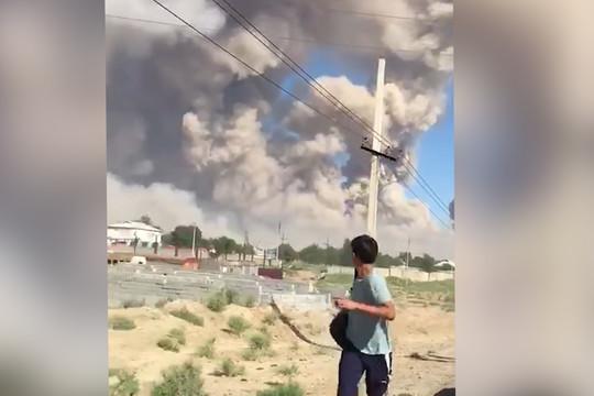 В Казахстане прогремела серия взрывов на складах боеприпасов