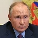 Путин поручил выделить средства из ФНБ на строительство трассы из Москвы в Казань