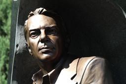 В Москве открыли памятник журналисту-международнику Фариду Сейфуль-Мулюкову