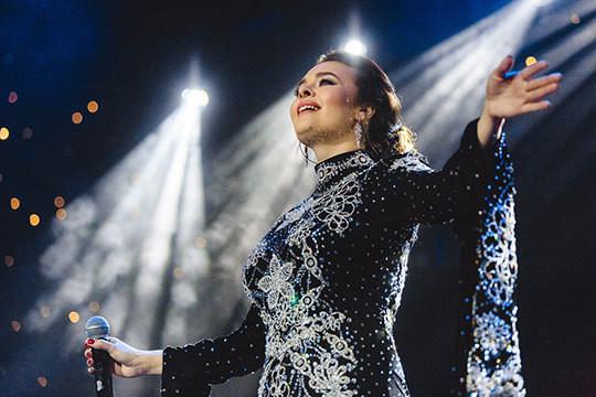 «Эльмира, мы любим вас»: известная певица отыграла в Казани свой самый весенний концерт