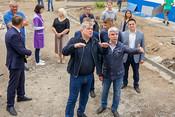 Наиль Магдеев объехал стройки вместе с журналистами