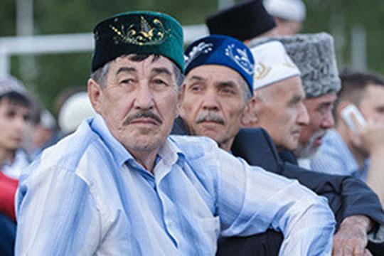 Айрат Файзрахманов: «Почему же татары оказались менее достойны своей истории революции?»