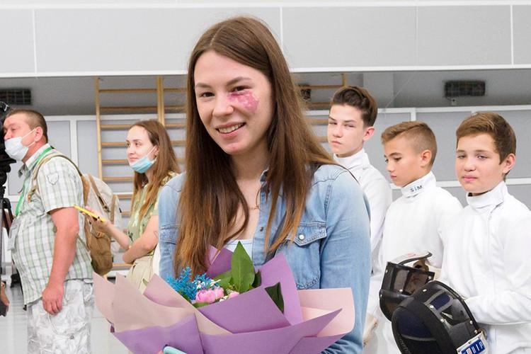 Олимпийская чемпионка Марта Мартьянова вернулась в свою альма-матер – школу по фехтованию в Казани
