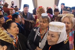 В Казани проходит II всемирный съезд татарских женщин