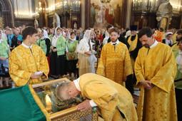 В Москве встретили мощи святых Петра и Февронии