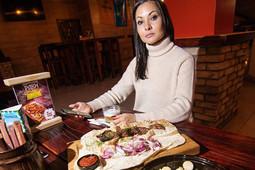 Брутальный обед в Red Pub, гастрочудеса во Floyd и тонкости востока в «Мароканде»