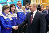 Как Путин поздравил Крым: электрификация плюс «Святой Владимир»