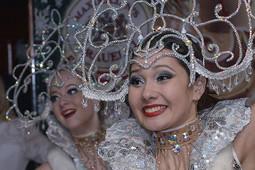 Новый год в Голливуде, путешествие вокруг света и «Назад в СССР»