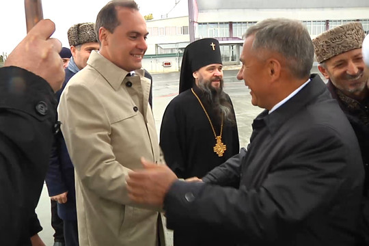Минниханов прилетел в Дагестан на заседание группы «Россия – исламский мир»