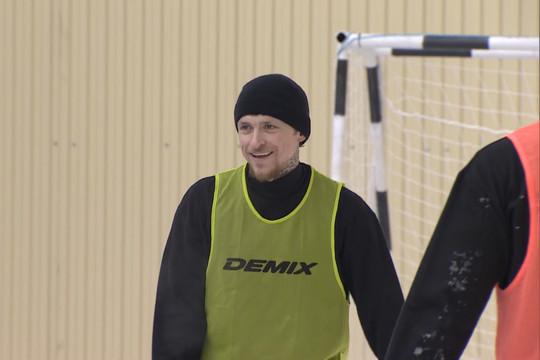 Павел Мамаев сыграл в футбол в «Бутырке»