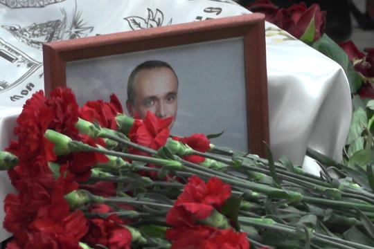 Проститься с Алексеем Кулешовым пришли сотни людей