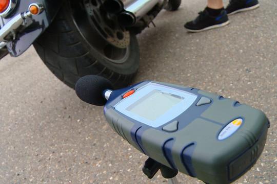 ГИБДД Казани начнет замерять шум транспорта на дорогах