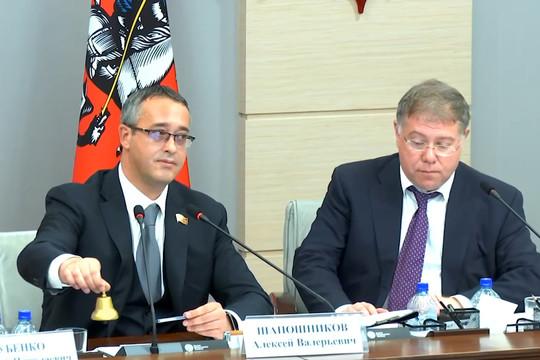 Спикер Мосгордумы перешел на мат при подсчете голосов на заседании