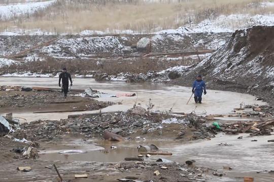 На руднике под Красноярском продолжается поисковая операция