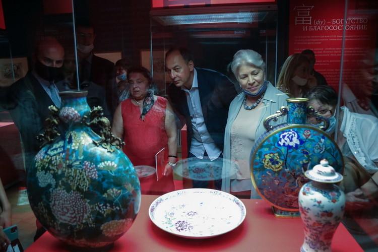 В Казани открыли «китайскую» выставку Эрмитажа