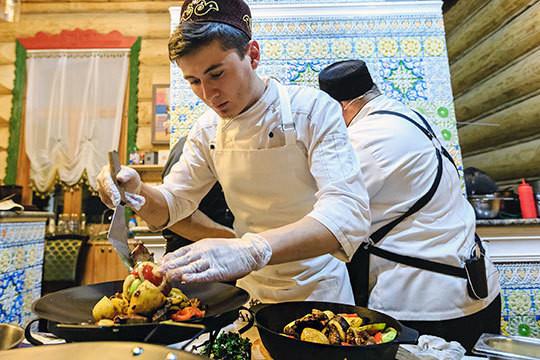 «Чтобы татарскую кухню узнавали вовсем мире, надо идти попути французской школы»