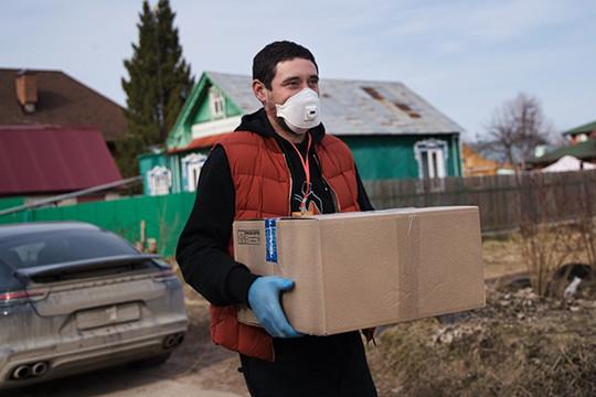Даниса Зарипова никто не узнал в маске
