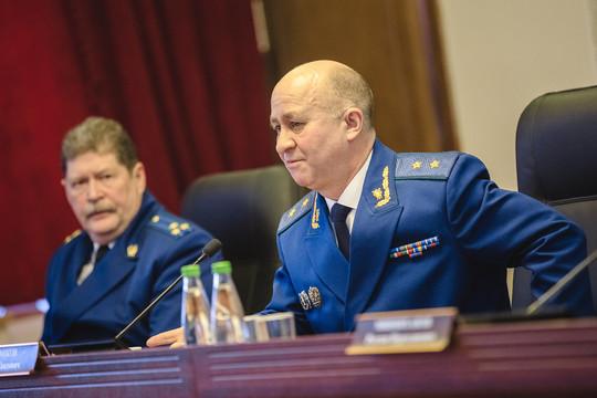 Илдус Нафиков призвал усилить надзор за соблюдением жилищных прав граждан