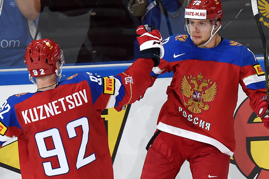 Кузнецов тащит, Знарок хамит: сборная России прошла Чехию
