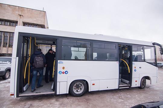 В Челнах презентовали один из вариантов замены «НЕФАЗам» – ульяновский автобус Simaz
