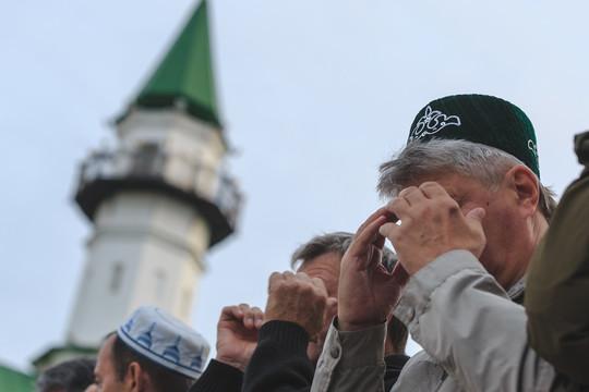 Мечеть Аль-Марджани: Казань начала отмечать Курбан-байрам в 4:30