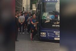 Футболисты сборной Испании отправились на тренировку