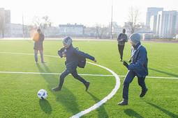 в Набережных Челнах прошло официальное открытие футбольного поля ДЮСШ «Виктория»