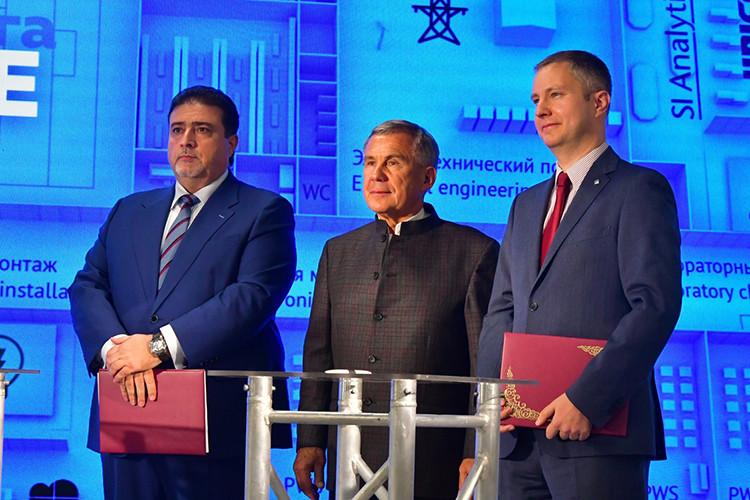 Президент Рустам Минниханов посетил лабораторию «Алабуга-Политех»