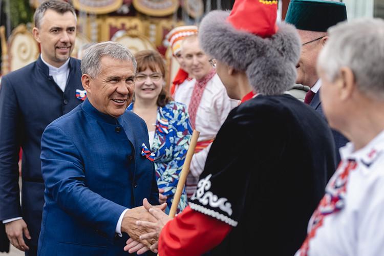 Рустам Минниханов принял участие в торжественных мероприятиях, посвященных Дню России