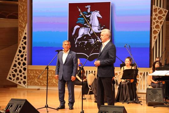 «Мы два региона, которые всегда друг друга поддерживают»: Собянин поблагодарил Минниханова за сотрудничество