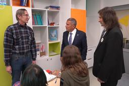 Президент РТ оценил обновленную школу «СОлНЦе» в Казани