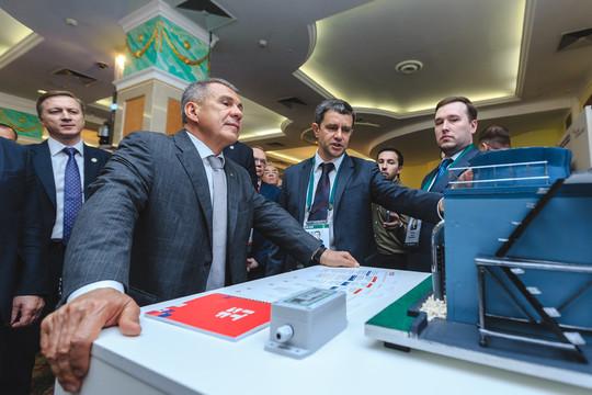 ITSF-2019: Рустам Минниханов оценил передовые IT-решения