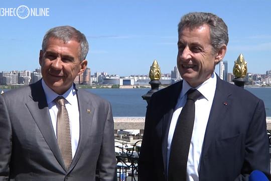 «Впечатлен Казанью и чудесной погодой»: Николя Саркози прилетел в столицу Татарстана