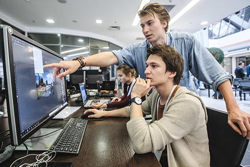 Самые востребованные профессии в Татарстане: где на них учат и сколько могут заработать выпускники?