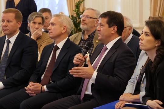 Метшин встретился с кандидатами на должность главного архитектора Казани
