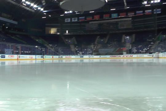 Как готовят лед к хоккейному матчу: закулисье «Татнефть Арены»