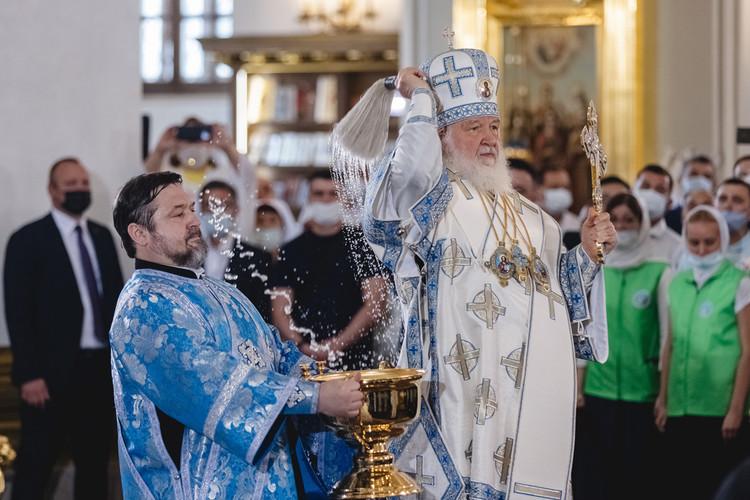 Великое освящение воссозданного Казанского собора