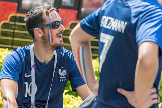 «Месси? Сегодня будет не его день!»: фанаты Аргентины и Франции в ожидании суперматча на «Казань Арене»
