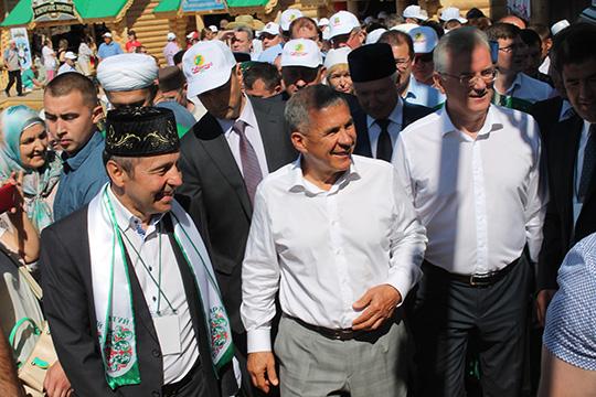 «Татары – они везде татары, но здесь особые. Посмотрите, какие у них бизнесы!»