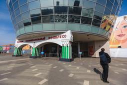 Фоторепортаж «БИЗНЕС Online»: как началась «неделя тишины» в казанских ТЦ