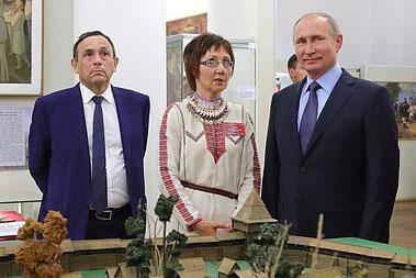 Владимир Путин: «Русский язык для нас – язык государственный, его ничем заменить нельзя!»