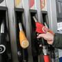 АЗС предупредили о новом скачке цен на бензин