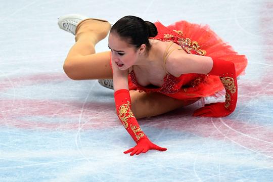 «Она выросла на 3 сантиметра»: Алина Загитова упала и проиграла чемпионат мира