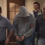 Ученика, который пришел в гимназию Казани с ножом и пистолетом, доставили в суд в наручниках