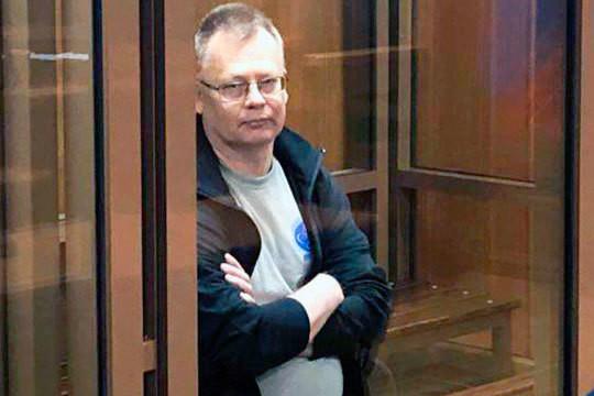 «Герман Сергеевич только-только доставлен домой»: почему Дьяконову выписали вольную?