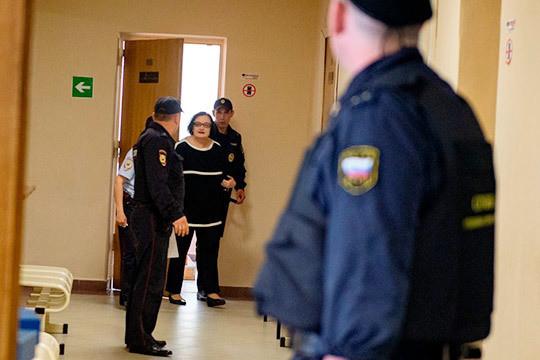 Евгению Даутову взяли под стражу в зале суда