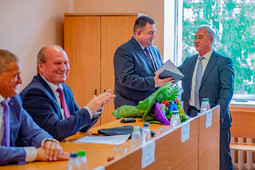 Ильгиз Гилазов представил нового председателя Вахитовского райсуда Казани